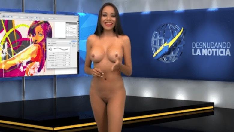 """14.jun.2015 - Gabrielle Ciangherotti fica totalmente nua e continua apresentando o """"Desnudando la Notícia"""""""