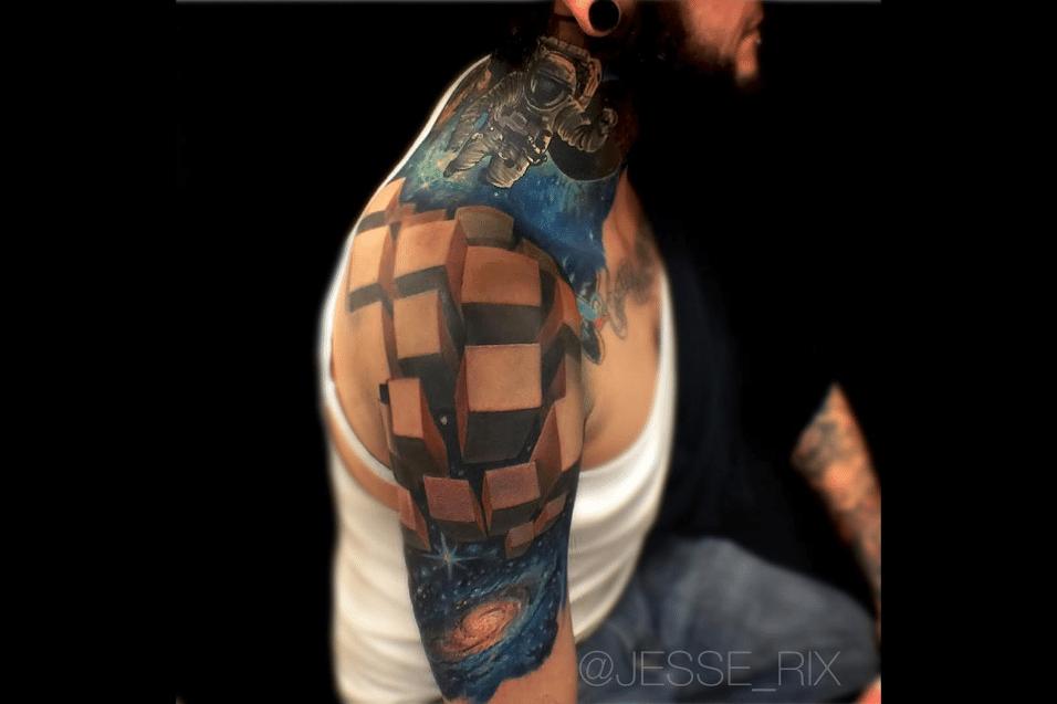 2.jun.2017 - Segundo o tatuador norte-americano, cada desenho é único e criação é exclusividade de cada cliente