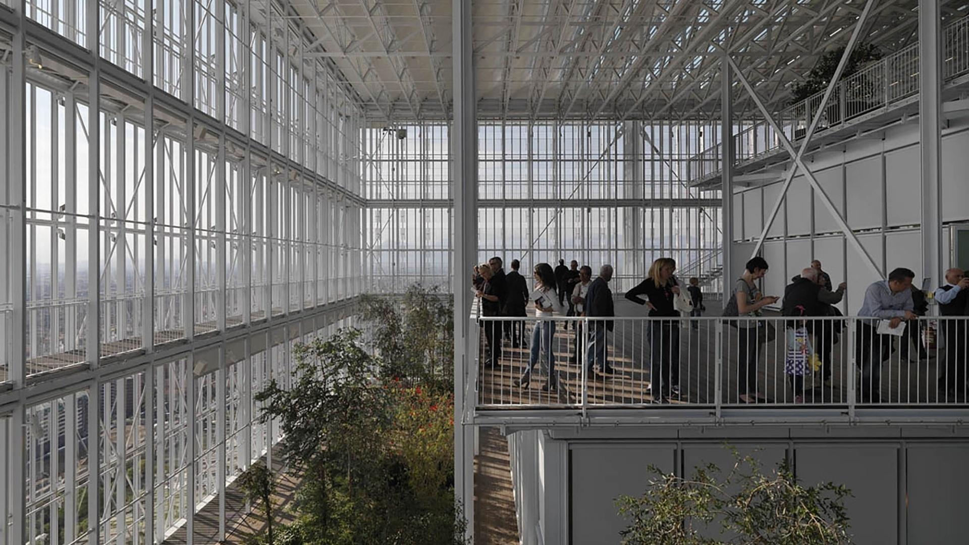 19.fev.2016 - Integração de plantas no prédio da empresa Intesa foi destaque na categoria