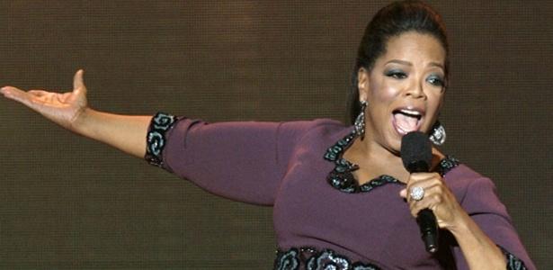 A apresentadora de TV norte-americana Oprah Winfrey - Reprodução/UOL Mais
