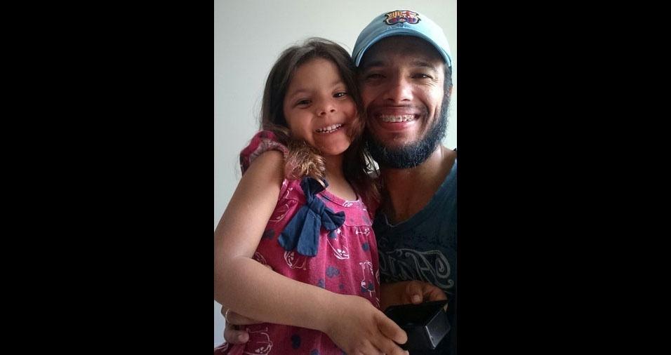 Sophia Menezes Salcedo e seu paizão Rafael Ferreira Salcedo, de Caxias do Sul (RS)
