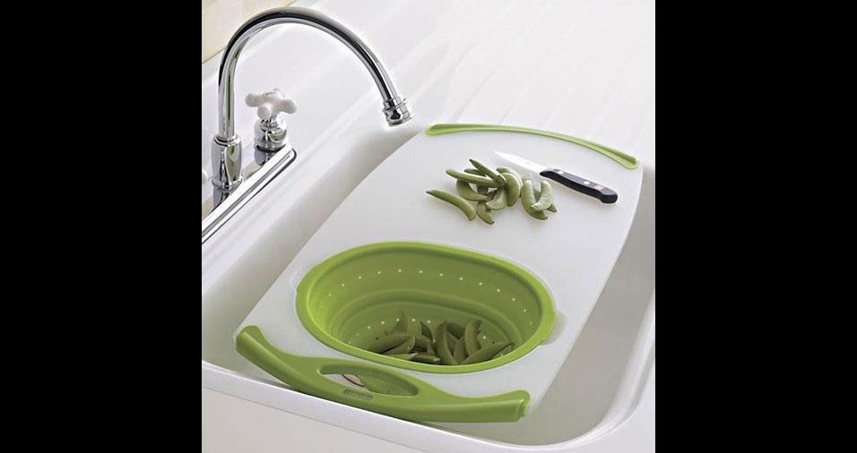 13. Já vem com a bacia para lavar os legumes