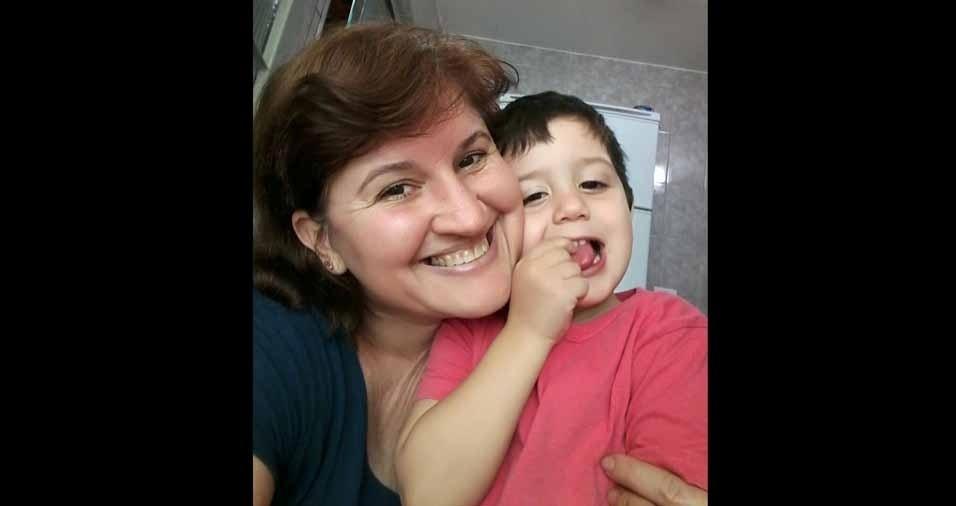 """Nicolas com a vovó  Regina, em Piracicaba (SP): """"amor sem limite"""""""