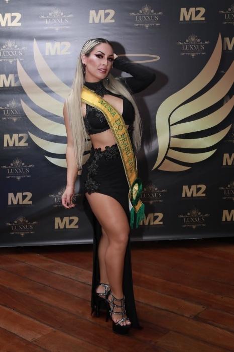 5.nov.2017 - Iara Ferreira, Musa do Brasil 2016, vai passar a faixa para a próxima vencedora do concurso