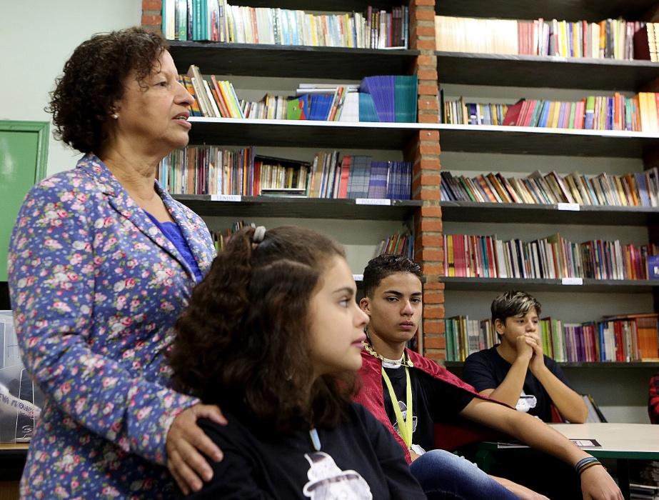 O projeto cresceu, tomou a zona leste de São Paulo e, hoje, já tem 110 escolas integrantes. Suelizinha saiu da instituição em que atuava e, hoje, trabalha na secretaria municipal de educação na expansão do peojeto pela cidade