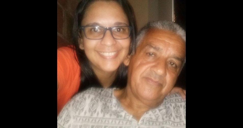 """""""Esse é o meu pai do coração.. O meu avô e maior exemplo do que é ser pai. Eu nunca conheci o meu pai de sangue, nem sei o seu nome. Mas com muito amor e carinho o meu avô me adotou como filha. Ele é o meu pai, o meu exemplo"""", declara Marcelle Pacheco sobre o pai-avô Eidilson Pereira Leite, de São Gonçalo (RJ)"""