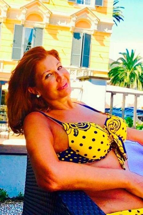 19.jul.2017 - em 2017, ela voltou à mídia após publicar fotos de biquíni em uma viagem de férias a Malta, na Europa