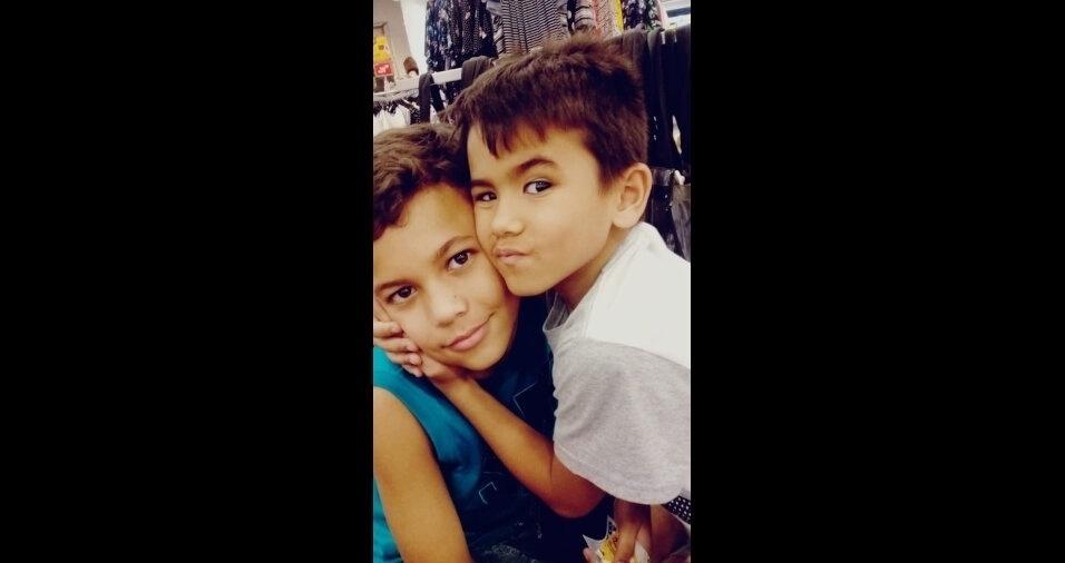 Gustavo e Guilherme, filhos da Sonia, de São Paulo (SP)
