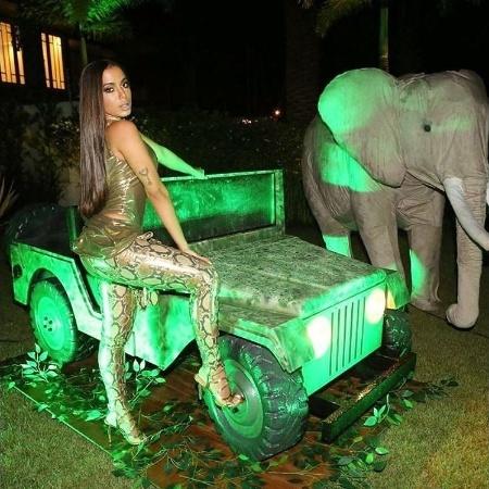 No dia 30 de março, Anitta comemorou 24 anos em uma festa com o tema selva. A cantora é uma das convidadas de Iggy Azalea em seu novo álbum - Reprodução/Instagram/anitta