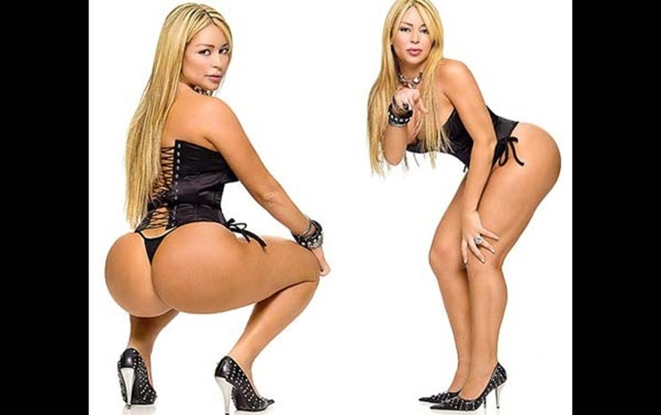 """Em """"Pisando Fundo"""", Cleo Cadillac mais uma vez mostra toda a sua performance sexual"""
