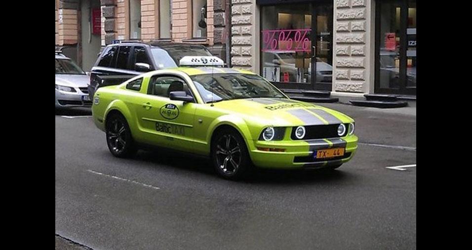 9. Táxi em Riga, na Letonia