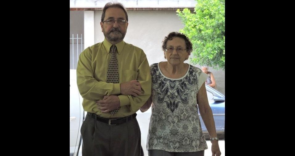 Edson com a mamãe Anna, de São José dos Campos (SP)