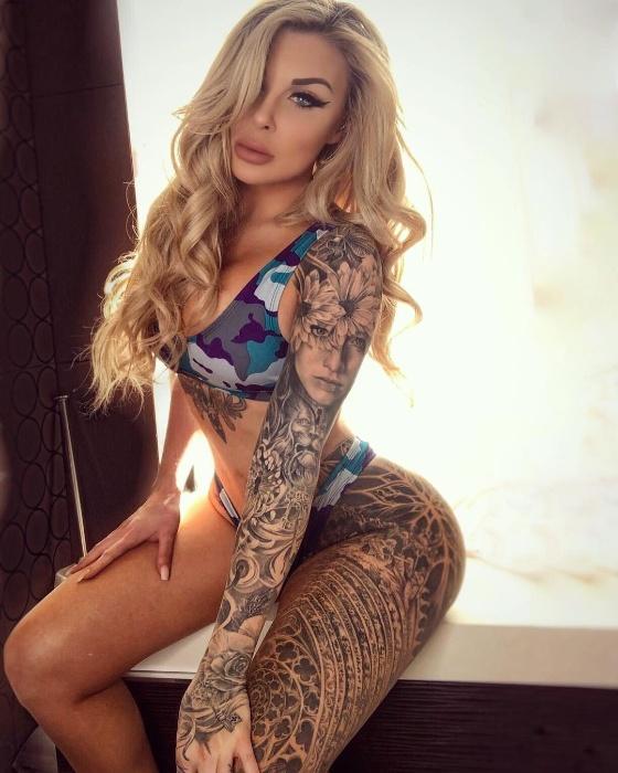 Ellie Rayne
