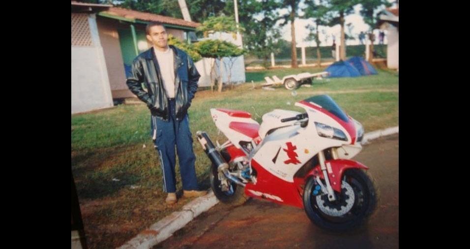 Márcio Roberto da Silva, de Ilha Solteira (SP), tem saudades da década de 90, quando tinha 25 anos e participava da motofest, em 1996