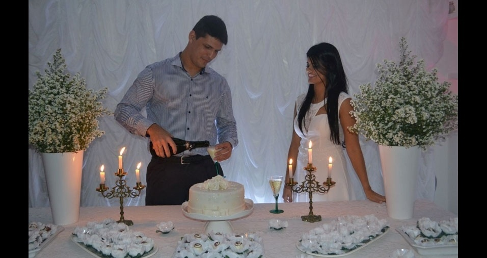 Emanuela Marques e Marcos Meireles casaram-se em 29 de outubro de 2016, em João Pessoa (PB)