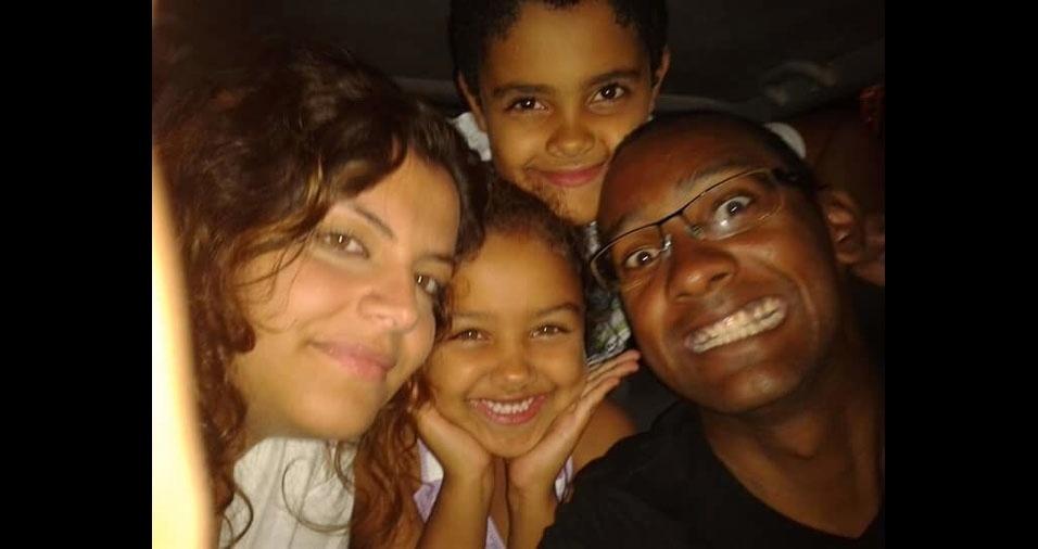 Sarah e do Eduardo, são os filhos do Emerson de Oliveira e da Vânia Albarraz. A família mora em Santana de Parnaíba (SP)