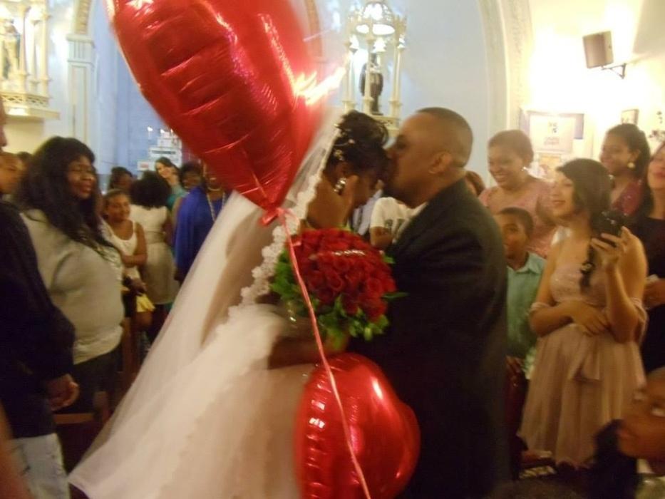 Nara Marques e Galileu Freitas se casaram em Uberlândia (MG), no dia 06 de dezembro de 2014