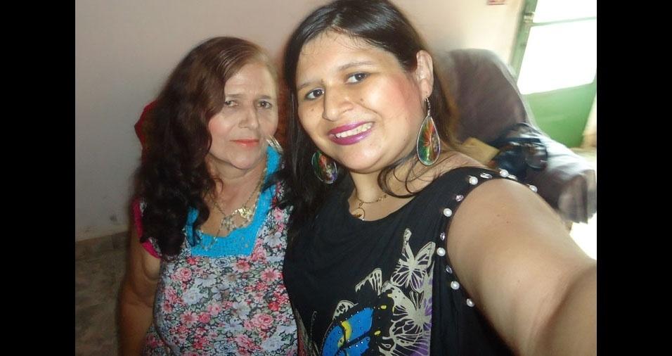 Daiane Ignacio da Rosa com a mãe Maria Aparecida Ferreira, de Ribeirão Claro (PR)