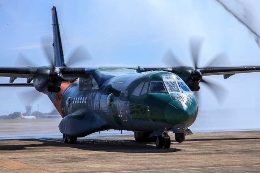 Ago.2017 - Novo avião da FAB será utilizado para operações de busca e resgate em todo o país. SC-105 Amazonas SAR conta com sistemas de busca por imagem e câmera infra-vermelha, permitindo localizar pessoas pelo calor