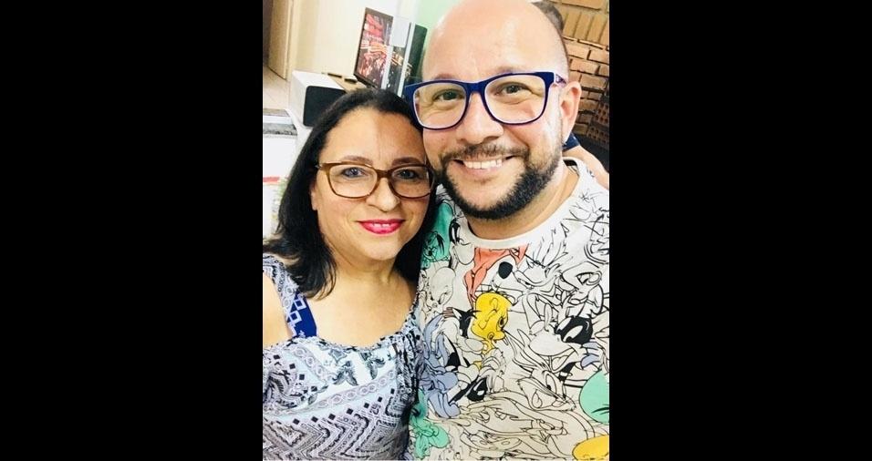 """Rogério Nunes Pereira com a mãe Cleonice Nunes Pereira, de  Americana (SP): """"Mãe, minha rainha. Te amo!"""""""