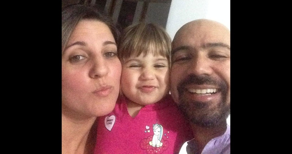O Anderson dos Santos e a Daniele Pavan, de São Paulo, mandaram foto com a Yasmin