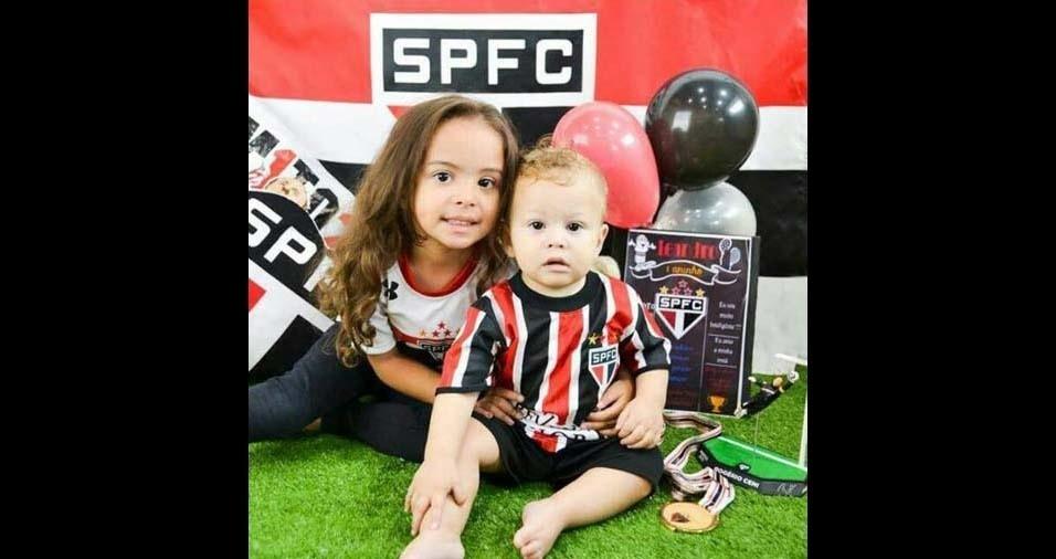 Paula, de Diadema (SP), enviou foto dos filhos Isabella e Leandro