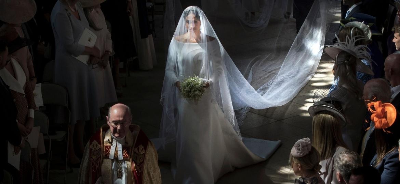 Meghan, a duquesa de Sussex, ao entrar na capela de São Jorge, em Windsor - Danny Lawson/AFP