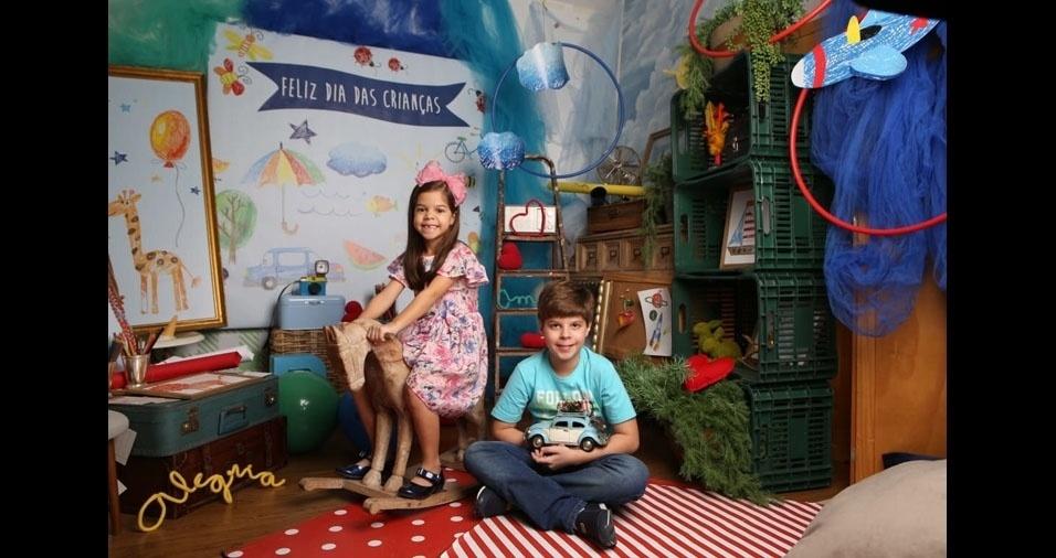 Giovana, oito anos, e Enzo Luigi, onze anos, em foto enviada pela mamãe Rejane Hiluy Castelo Branco Testi e pelo papai Adolfo Testi Neto, de São Luís (MA)