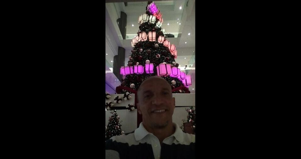 Osvaldo de Souza, de São Paulo (SP), curtindo o Natal no shopping