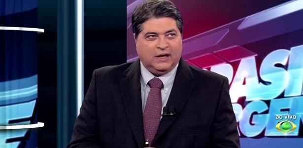 """12. Em agosto, o jornalista José Luiz Datena detonou as pessoas que aguardavam ansiosamente o lançamento do jogo """"Pomémon Go"""" no Brasil - disse que os jogadores são """"poketrouxas"""", manés e desocupados - Reprodução/Band"""