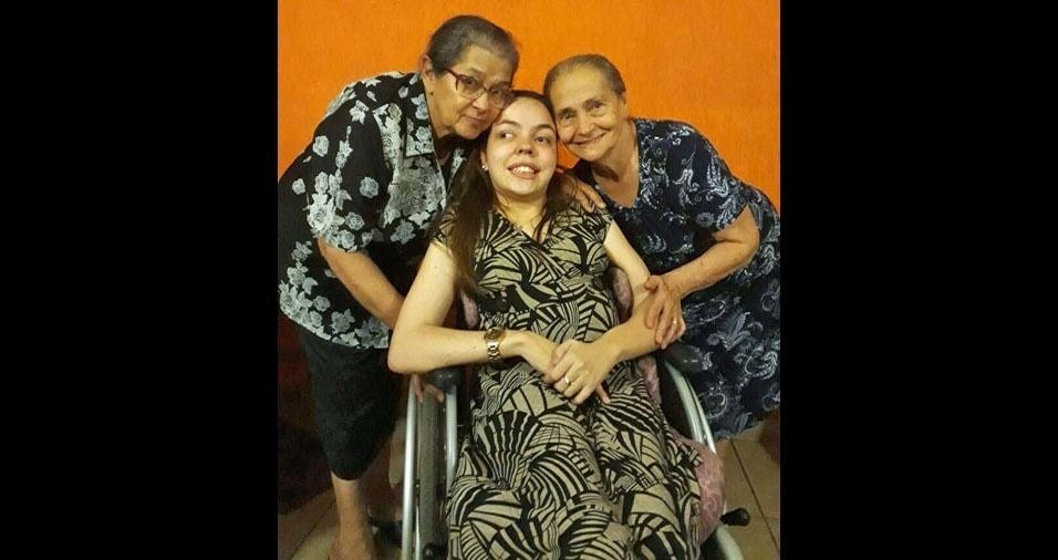Daniel M. Garcia, pai de Thayná, enviou a foto da filha com as avós Judite (esqueda) e Dijanira (direita)