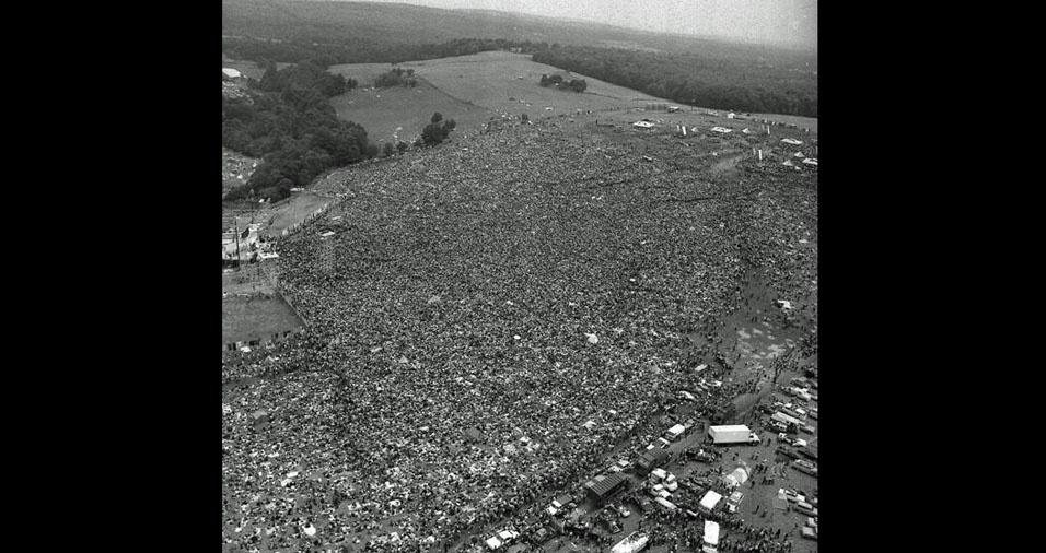 20. Foto aérea do evento de Woodstock, em 1969