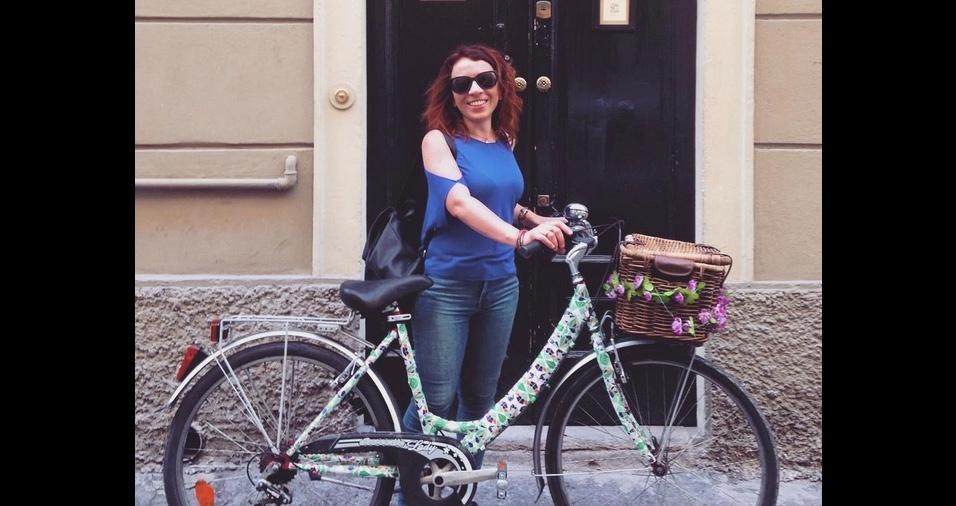 8. Assim como as fitas para guidão, as fitas estampadas e coloridas podem ser utilizadas em toda a bicicleta. As lojas especializadas comercializam em diferentes larguras