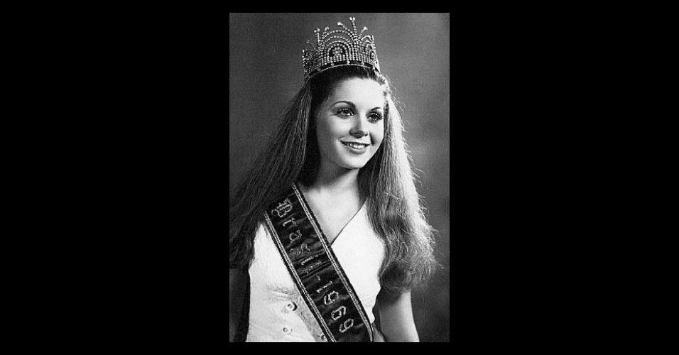 Bônus 1: apesar de não terem ficado entre as cinco finalistas do Miss Universo, essas candidatas merecem a menção honrosa. A primeira é Vera Lúcia Fisher,  Miss Santa Catarina 1969, que ganhou no quesito Melhor Traje de Banho, ficou no top 15 e virou uma famosa atriz
