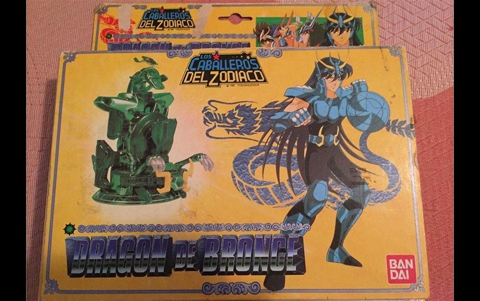 """31. Shiryu, o cavaleiro de dragão, era um dos personagens preferidos do público no desenho """"Cavaleiros do Zodíaco"""", e um dos bonequinhos mais procurados"""