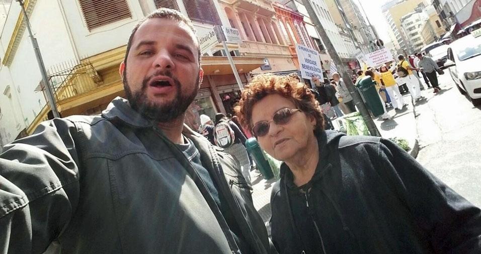 Carlos Bernardo Valente com a mãe Maria Bernardo Valente