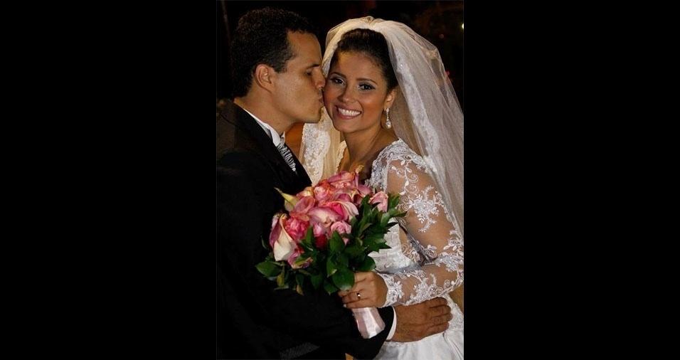 Franklin Ferrado de Medeiros e Giselly Alves Marques trocaram alianças em  Paranaiguara (GO), no dia 12 de janeiro de 2014