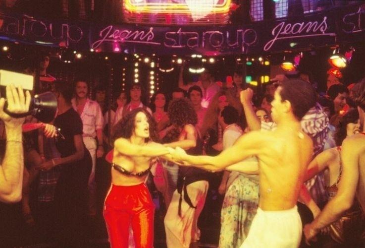 """1978 - Sonia Braga interpretando Júlia de Souza Matos na novela """"Dancing Days"""""""