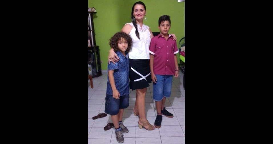 Lucélia com os filhos Gabriel e Rafael, de Campo Grande (MS)