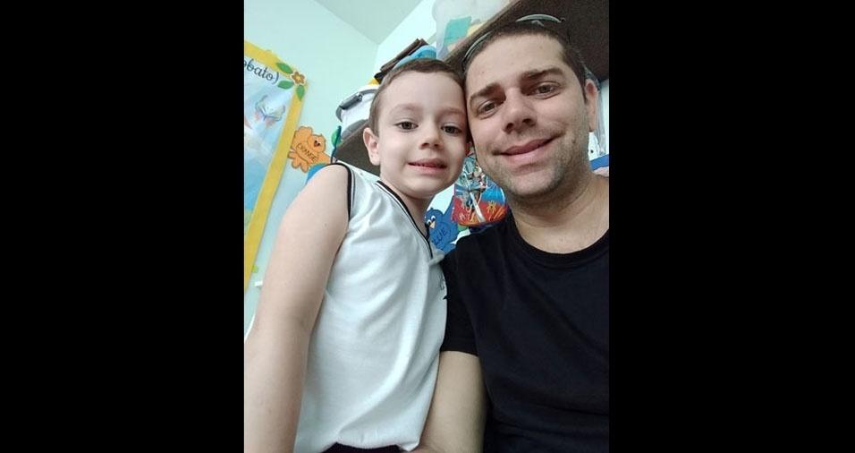 Papai Igor Lima com o filhão Davi Lima, de Goiana (PE)