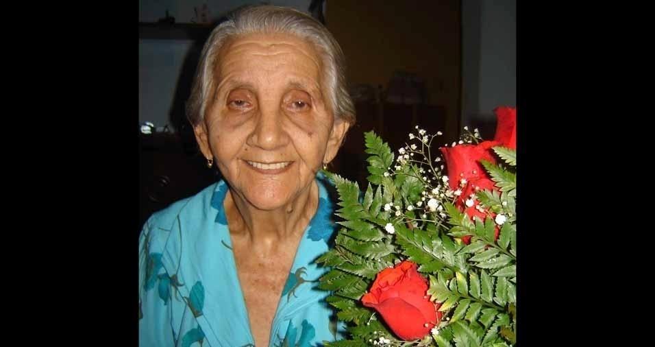 Pauliane Soares quer homenagear sua querida avó Maria Soares, mais conhecida por Maria de Anísio, que faleceu há um ano. A família é de Brejo do Cruz (PB)