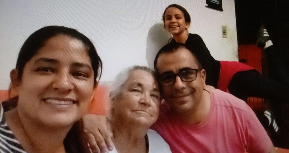 Rose Mota da Silva e Fábio Luiz Nunes da Silva querem homenagear a dona Ivone Siqueira da Silva, de Tatuí (SP), a vovó da Nathália Cristina