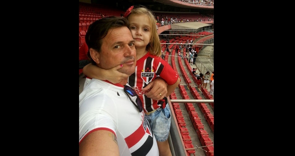 Ana Luiza Fernandes e o papai Claudemir Costa Fernandes, de Catanduva (SP)