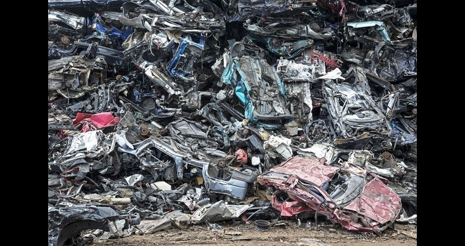 10. É importante reciclar as latarias dos carros