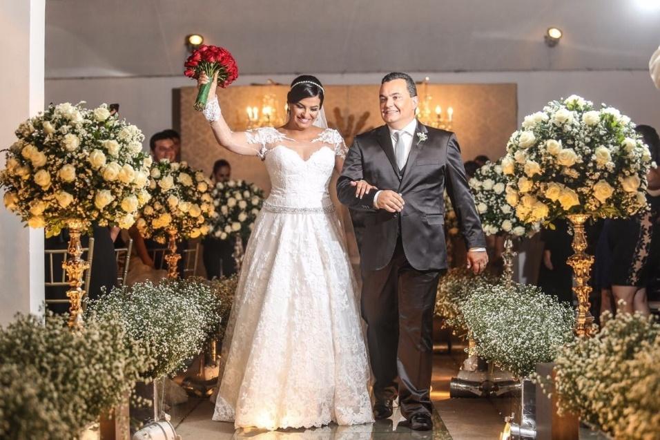 Walter Japearson e Valdilena Cesar casaram-se no dia 17 de março de 2017, em Garanhuns (PE)