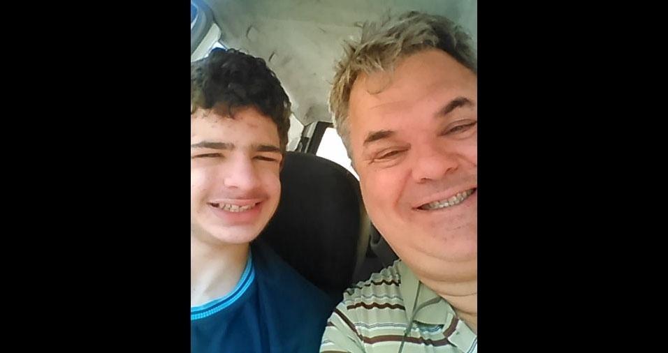 André Rondon Koester com o filho Kim Batah Koester, de Cotia (SP)
