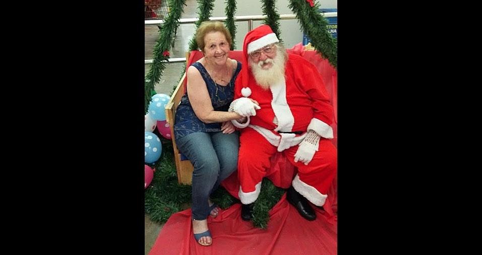Angélica com o papai Noel, de Guarulhos (SP)