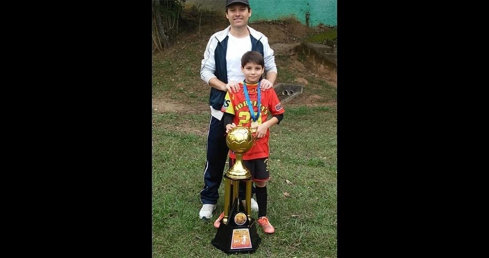 Alessandro com o filho Bruno, de São José dos Campos (SP)