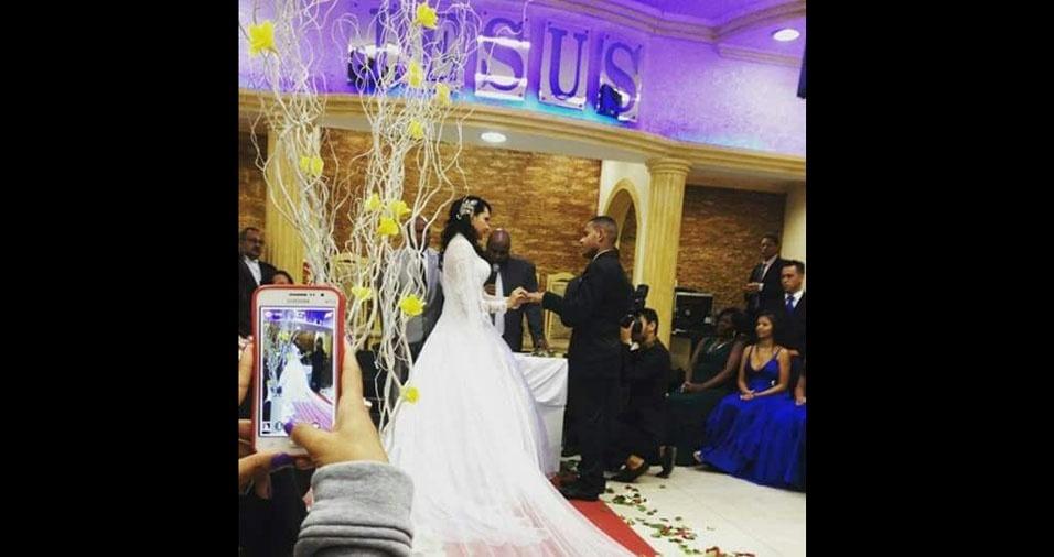 Adelino e Patrícia se casaram em 20 de maio de 2015