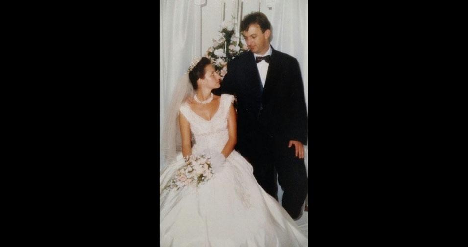 Kátia Regina Hendges e Egon Erich Taflick se casaram em 3 de fevereiro de 1996, no Clube Serrano na cidade de Santo Cristo (RS)